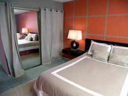 Bedroom  Chic Bedroom Idea With Geometric Wallpaper For Grey - Bedroom idea images