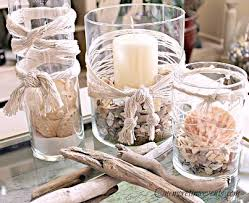 DIY Beach Decor Ideas :: how to decorate with seashells, netting and  driftwood to
