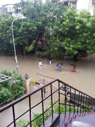 essay on floods video essay typhoon ruby floods streets of  sandhya s blog chennai floods when essay topics became reality chennai floods when essay topics became