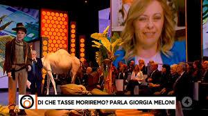 Di che tasse moriremo? Parla Giorgia Meloni da Mario Giordano a Fuori dal  Coro - YouTube