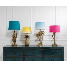 Flamingo Legs Table Lamp With Pink Shade