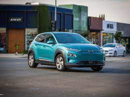 With this extensive range, you could charge the battery as little as once a week, depending on your lifestyle and driving habits. 2020 Hyundai Kona Electric Review Pricing And Specs