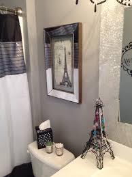 Paris Bathroom Decor Paris Themed Bathroom Decorating Bathroom On A Dime