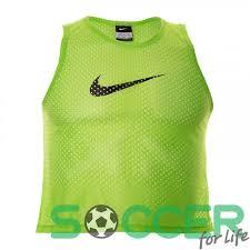 <b>Манишка Nike Training</b> Bib 725876-313 цвет: зеленый купить в ...