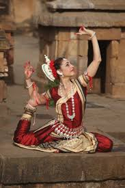 colleena shakti dancing odissi clical indian dance which parallels yoga movements