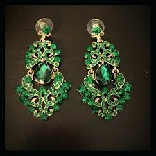 what is a chandelier earring emerald green colored chandelier earrings chandelier earrings bridal canada