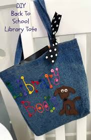 the kids are back in how adorable is this tote bag for library books it s super easy to make which makes it a great project to do with kids