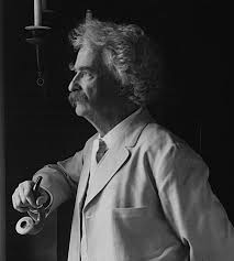 file mark twain looiking out window png  file mark twain 1907 looiking out window png
