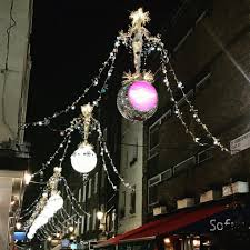 London Christmas Lights Switch On Date 2018 20 Places To See Christmas Lights In London In 2019