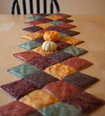Quilted Holiday Decor: Thanksgiving Patterns & Fall-Hued Quilted Tablerunner Adamdwight.com