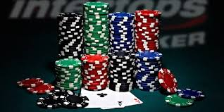 Why Players Choose to Play Poker Online - Intertops Poker