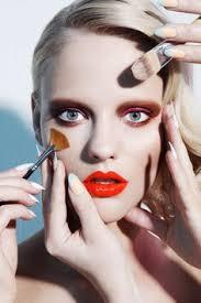 no hay nada ahí tendencia estrella en la que la carencia de maquillaje es la clave vive tu armario