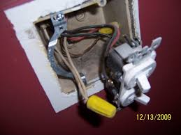double switch wiring problem electrical diy chatroom home Dual Pole Light Switch Wiring double switch wiring problem 100_4970 jpg double pole light switch wiring