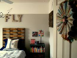DIY Wall Décor Ideas For Bedroom