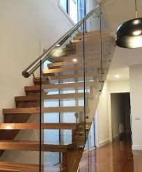 glass balustrade for stairs.