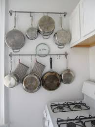 Emphasize Small Spaces With Kitchen Wall Storage Ideas-homesthetics (6)