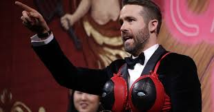 the best moments from ryan reynolds hasty pudding ceremony