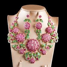 2019 whole boutique wedding jewelry set big flowers corsage austrian crystal necklace and earrings for wedding from windring 58 82 dhgate