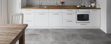Küche Fliesen Rundmund Fachhandel mit großer Ausstellung Ihr