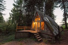 amazing-tiny-a-frame-cabin-1