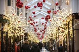 Burlington Christmas Lights 2018 Burlington Shopping Arcade Piccadilly Lined Christmas