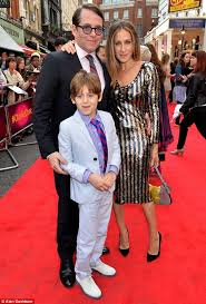 sarah jessica parker and family charlie and chocolate factory  sarah jessica parker and family charlie and chocolate factory press night 6 25