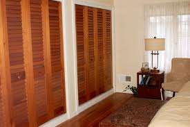 louvered door with fixed plantation louvers