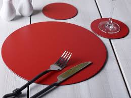 set of 6 red round leatherboard placemats 6 coasters 12 piece set 5050993048003