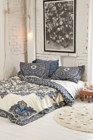 Image Urban Outfitters 89 Cozy Romantic Bohemian Style Bedroom Decorating Ideas bohemianstyle bedroomdecorating bedroomdecoratingideas Pinterest 89 Cozy Romantic Bohemian Style Bedroom Decorating Ideas