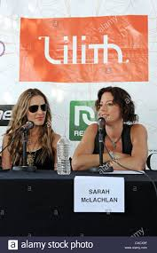 Emily Robison Jul 27 2010 Cleveland Ohio Us Emily Robison And Sarah