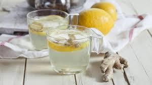 Wasser mit ingwer und zitrone abnehmen