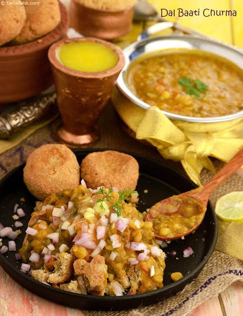 rajasthani food dal bati churma