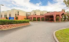 busch gardens hotel. Baymont Inn \u0026 Suites Tampa Near Busch Gardens / USF - Exterior Hotel