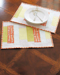 4 Free Patterns for Quilted Table Runners, Napkins & More - The ... & Quilted Placemats: Modern Quilted Placemats Adamdwight.com