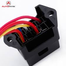 trailer wiring accessories promotion shop for promotional trailer 4 way fuse box 12v 24v max dc 32v circuit car trailer auto blade block holder atc ato 2 input 4 ouput wire fuse accessory