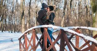 25 Winter Date Ideas That Aren't Cheesy At All