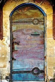 Pin by Wendi Hudson on Art | Cool doors, Unique front doors, Beautiful doors