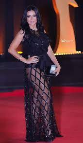 اسخن صور رانيا يوسف بفستان شفاف عارية الافخاذ | Egyptian actress, Model,  Women