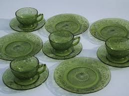 green daisy vintage indiana glass plates cups and saucers dishes set for 4