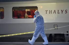 """Résultat de recherche d'images pour """"terroriste recherché arme dans toilettes"""""""