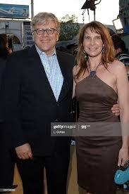 "Harold Baldwin and Karen Baldwin during ""Sahara"" Los Angeles Premiere...  News Photo - Getty Images"