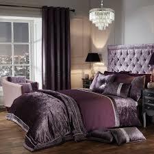 Elegance Lia Mauve Luxury Embellished Duvet Set - Julian Charles