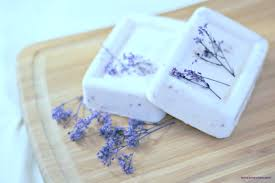 Homemade Lavender Soap Recipe - PinkWhen