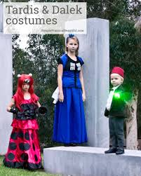 make diy tardis and dalek costumes from dr who with a simplicity pattern and a