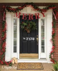 how to hang garland around front doorHow To Hang A Garland Around The Door  Round Designs