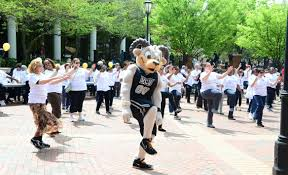 Walk A Thon Raises Funds For Scholarship Dar Vcu Office