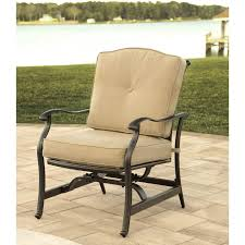 hanover traditions 4 piece outdoor lounge set with tile top fire pit tradtile4pcfp