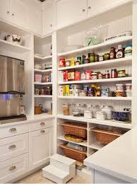 walk in pantry - Busby Cabinets, via Houzz - 1