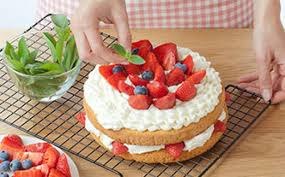 White Chocolate Cake With Strawberries Recipe Bake With Stork