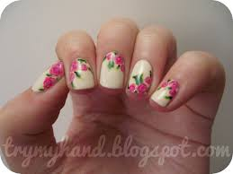 Nail art flowers ~ Beautify themselves with sweet nails